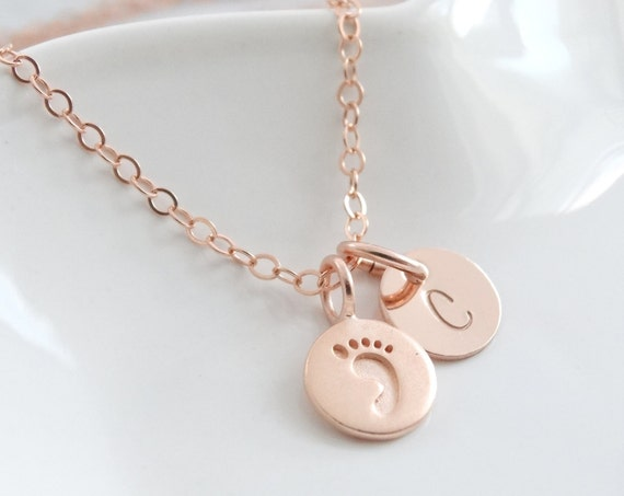 New baby gift, New mom Gift necklace, Baby Footprint Necklace, personalized Baby Gift, Rose Gold Necklace, Mothers Necklace
