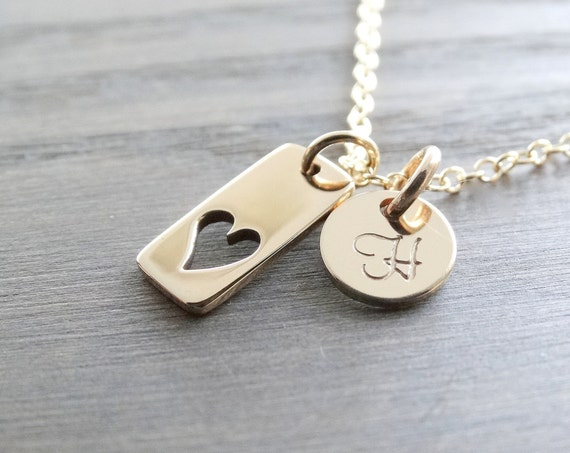 Initial Necklace, Initial charm necklace, Gold necklace, Heart Necklace, Mother's Necklace, Mommy Necklace, Personalized Jewelry