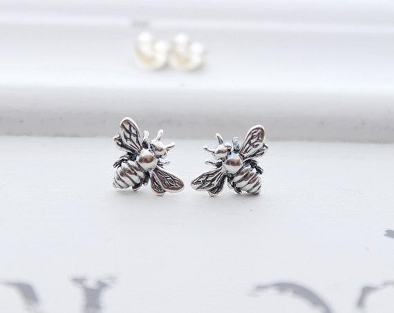 Bee earrings in silver, bumble bee stud earrings, honey bee earrings Studs
