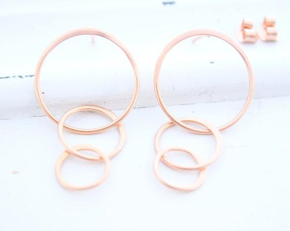 Simple Silver Circle Earrings, Silver Circle Earrings, Everyday Earrings , Rose gold Earrings, Sterling Silver Dangle Earrings