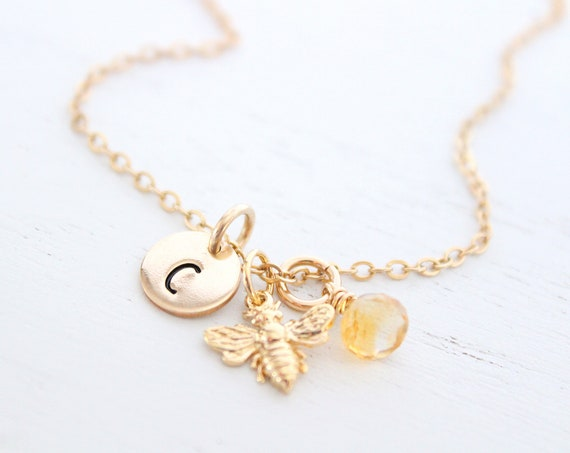 Bee Necklace Gold, Bumble Bee Necklace, Bee Jewelry, Honey bee Necklace, Bee jewelry, Initial necklace, Personalized jewelry