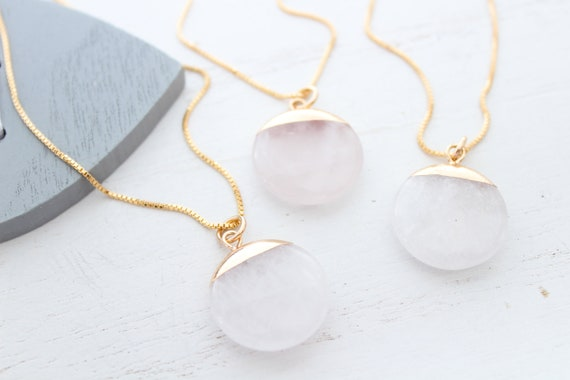Crystal quartz necklace gold, Clear crystal medaillon necklace, Gemstone necklace, layering necklace, Gift for her