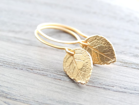 Gold leaf Earrings, Nature earrings, Tiny Gold Leaves Earrings Gold, Tiny leaf earrings, Leaf Earrings, Autumn,  Fall gifts