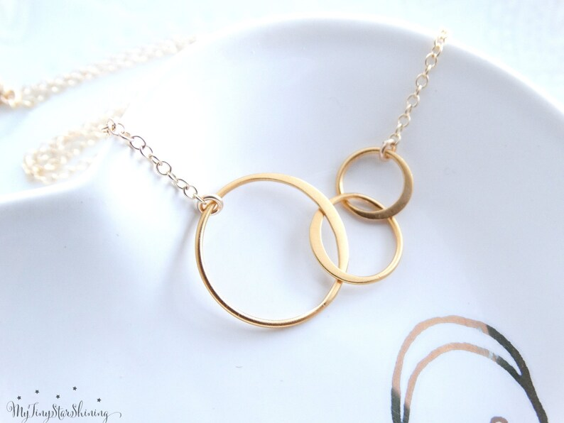 Three Sisters Necklace Three Sisters Jewelry Three Circle image 0