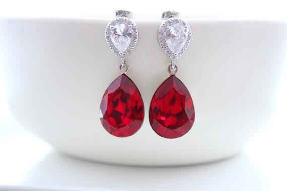 Red earrings for Bridesmaid Gift in Silver or gold • Ruby earrings, Garnet • Bridal earrings • Wedding earrings • Swarovski crystal Earrings