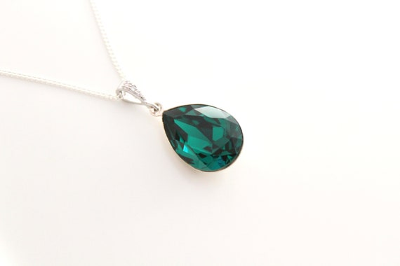 Emerald Necklace Emerald Jewelry Emerald Pendant necklace Bridal necklace wedding jewelry Emerald Green Necklace Sterling silver Necklace