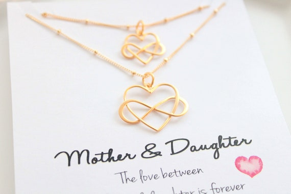 Mother Daughter necklace set Mother daughter gift Heart Necklace set of 2 Mom necklace Mother daughter jewelry Mothers day gift Christmas