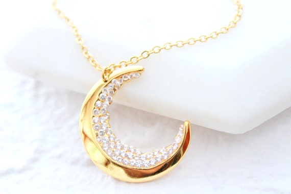 Crescent Moon Necklace Jewelry Teacher Gift Holiday Necklace Celestial Jewelry Moon Best Friends Necklace Birthday Gift for Her