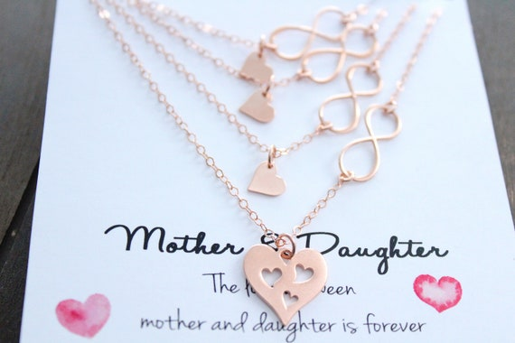 Mother Daughter Necklace Set Gift For Mom Mother Daughter Jewelry Heart necklace Mom Necklace Heart Charm Set of 4 Mothers day Gift
