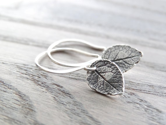 Leaf Earrings Nature earrings Tiny Leaf Earrings Silver Leaves Earrings Sterling Silver Leaves Jewelry Dainty Everyday Earrings