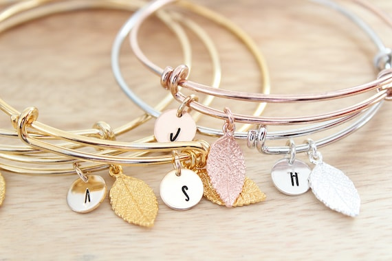 Personalized Initial Bracelet, Bridesmaid Gift, Initial charm Leaf bracelet in gold, silver or rose gold
