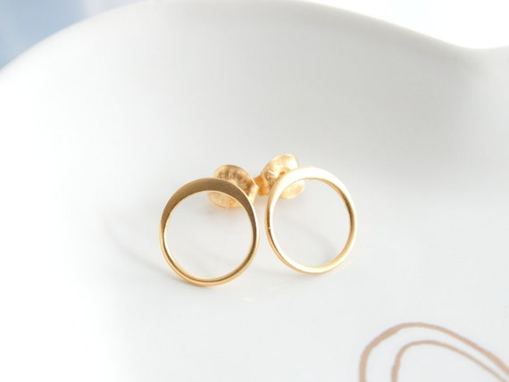 Round earrings Circle stud earrings Hoop earrings open circle stud earrings Gold open circle earrings minimalist earrings