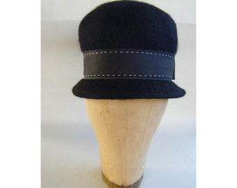 cd1f7cf13ad3 Fine Vintage Black 60 s Cloche Hat Mod Fashion Sixties 1970s 1960s Mad Men  London Style
