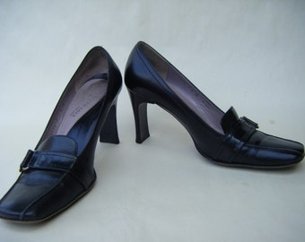 230c6003cf6 Vintage Kenneth Cole New York Loafer Pump US Size 6 Ladies Shoes Black  Business Shoe Buckle Detail
