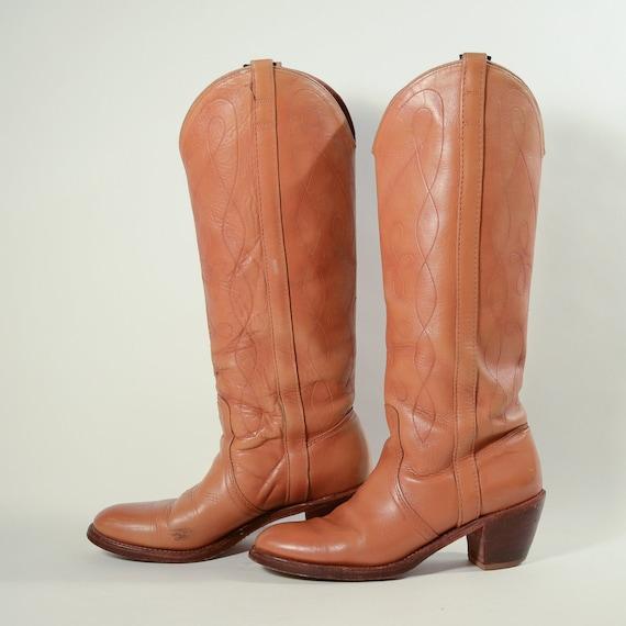 Vintage Dingos Leather Boots, Chunky Heel Pull on