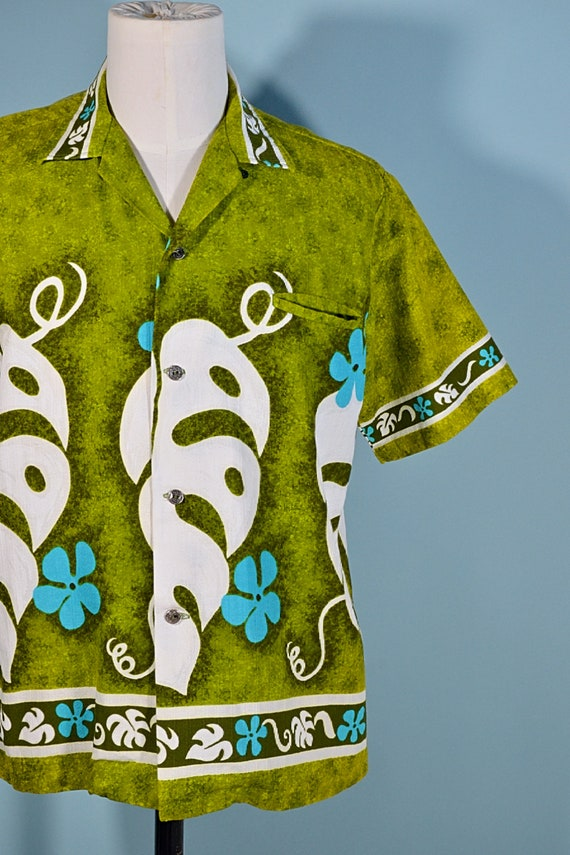 Vintage 60s/70s Hawaiian Shirt Floral Pattern, Co… - image 4