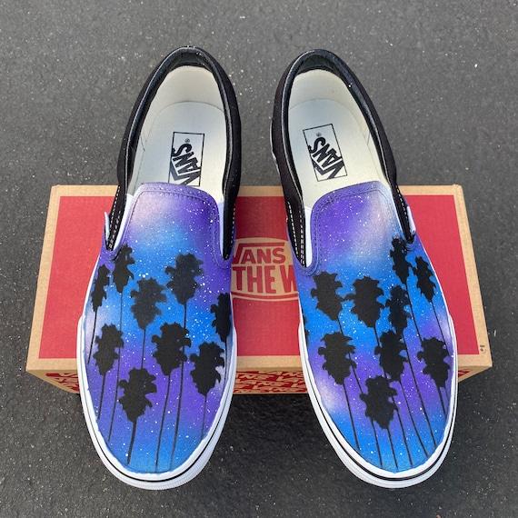 Tropical Galaxy Vans Slip Ons Palmiers et Galaxie sur les chaussures Vans Chaussures pour lui, Chaussures pour elle, Été, Plage, Galaxie, Palmiers