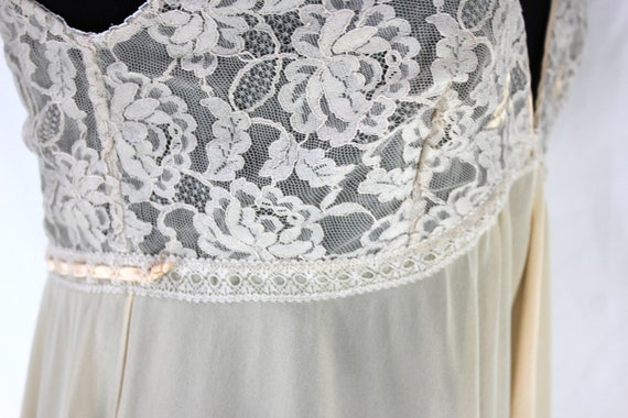 Vintage Lucie Ann Nightgown Lace Peach Sleeveless - image 8