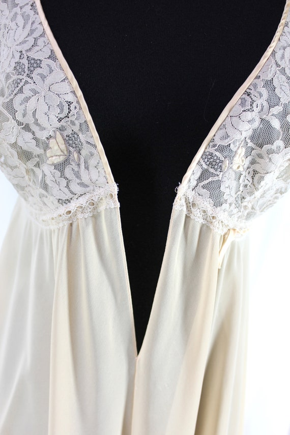 Vintage Lucie Ann Nightgown Lace Peach Sleeveless - image 6