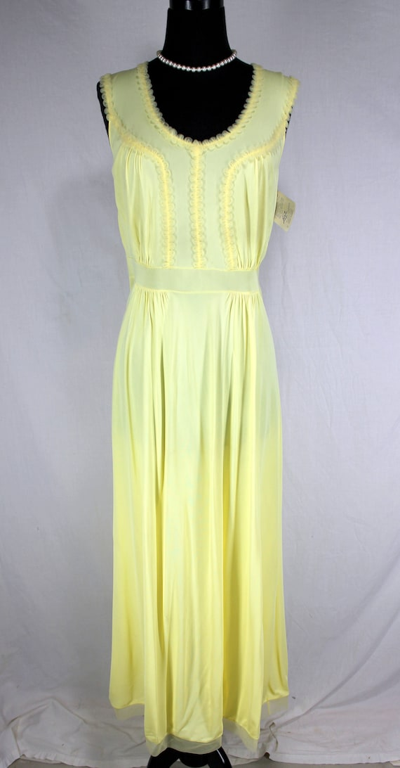Vintage Luxite Yellow Nightgown NOS 36 - image 2