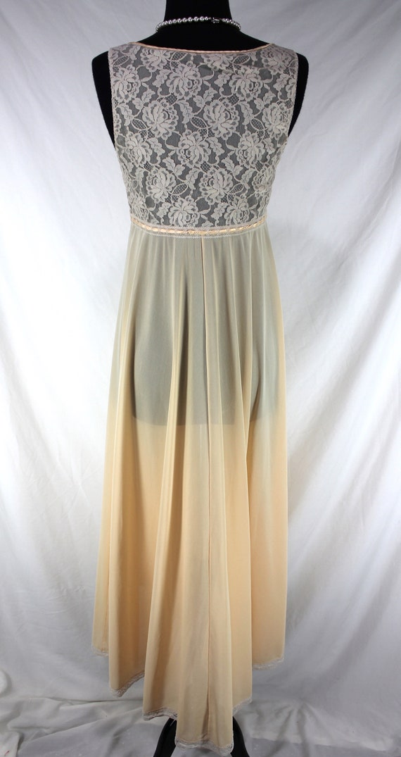 Vintage Lucie Ann Nightgown Lace Peach Sleeveless - image 4