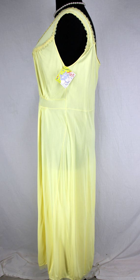Vintage Luxite Yellow Nightgown NOS 36 - image 3