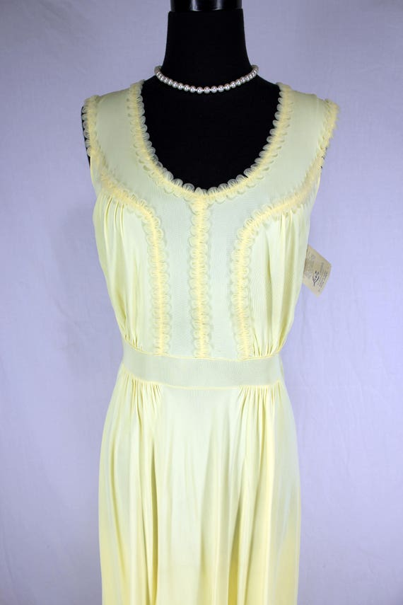 Vintage Luxite Yellow Nightgown NOS 36 - image 7