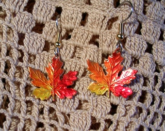 Hand Painted VERMONT MAPLE LEAF Earrings. Nice Size. Lightweight.