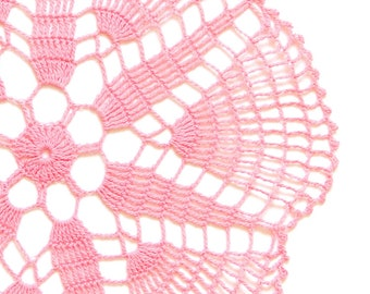 Light pink Circle Crochet doily, hand dyed vintage round Doily FREE SHIPPING