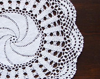 White Circle Crochet doily vintage round Doily FREE SHIPPING shabby country chic table decor