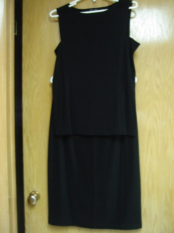black 'Willi Smith' top and skirt - size large