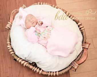 HELLO WORLD Floral Print Newborn Gowns