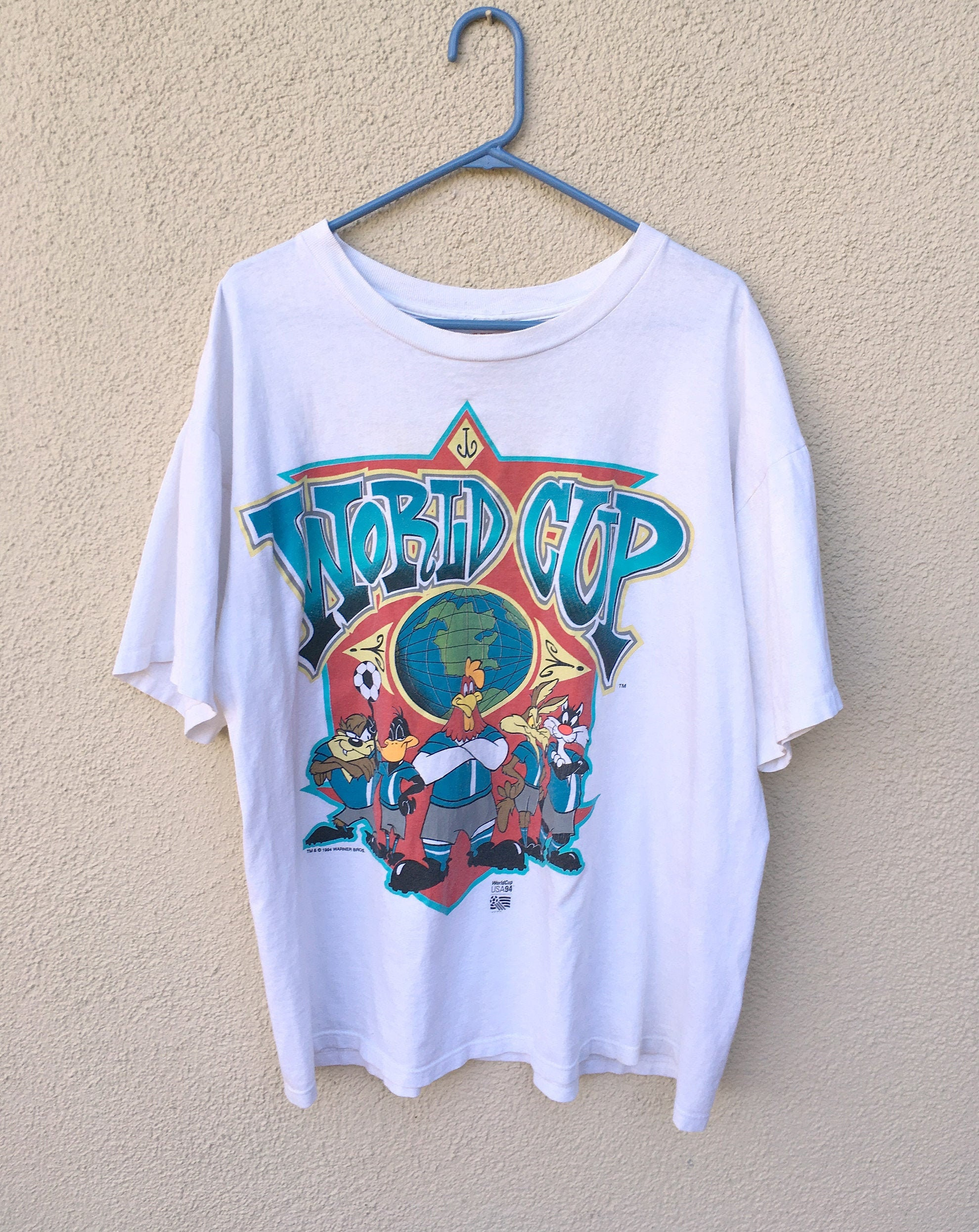 Vintage World Cup Looney Tunes T Shirt 1994 World Cup Soccer Tee In Large Or Xl 1990s Unisex Clothing Wit Bugs Bunny And Taz Unisex Tshirt