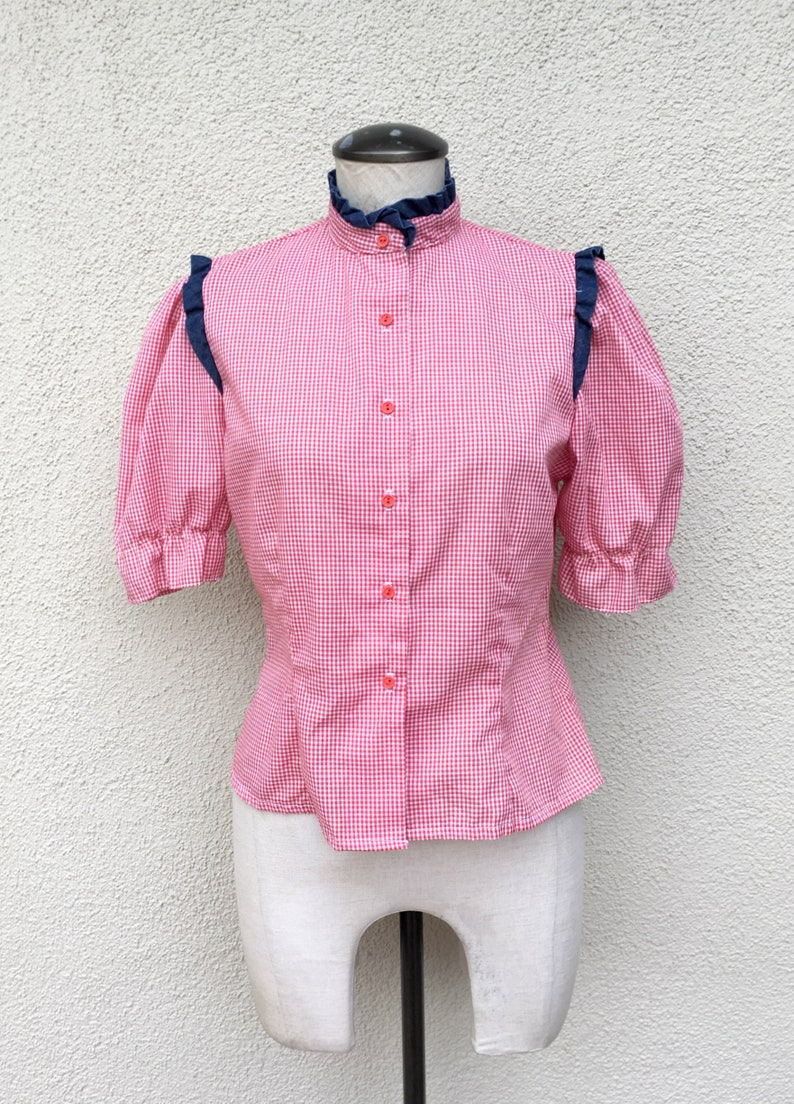 119f0c5e4015c0 70's Women's Western Gingham Shirt in Small by Hot | Etsy