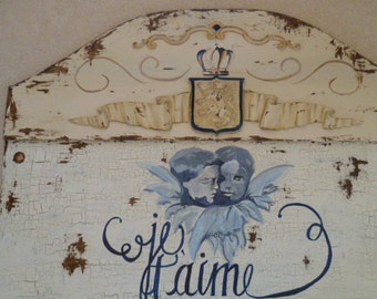 SOLD! French Country Hand Painted Blue & White Embracing Cherubs Je t'aime Sign French Script Annie Sloan Old White Chalk Paint , Typography