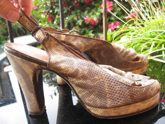Beautiful 1940s snakeskin slingback platform shoes
