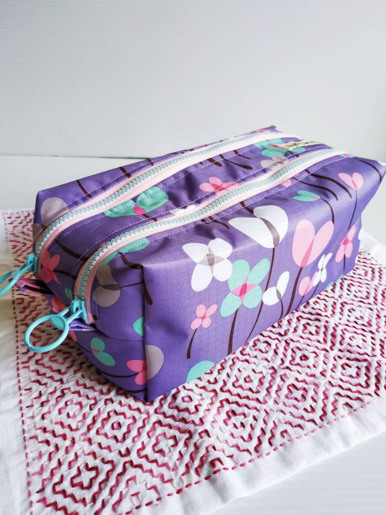 Floral purple double zippers waterproof travel pouch purse image 0