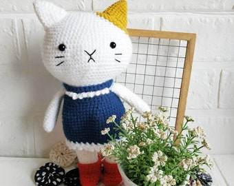 Cat with removable dress amigurumi doll
