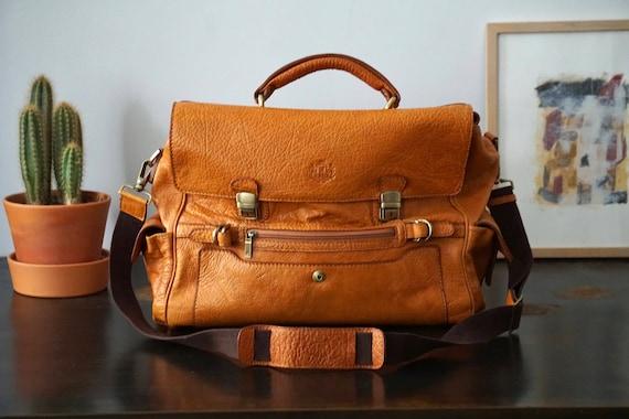 Bonia Cognac Leather Shoulder Bag/Cognac Messenger