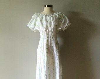 Retro 1960s White Hippie Dress