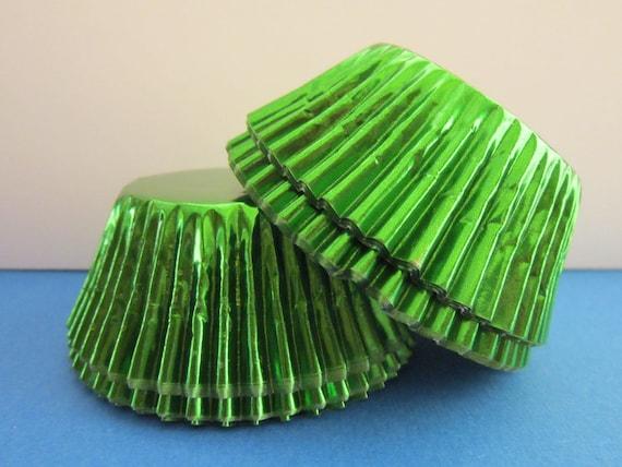 50 Green Foil Standard Baking Liners