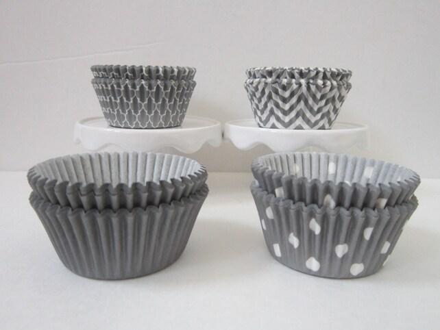 Gray BakeBright ~ Standard Size ~ DESIGNER GREASE RESISTANT ~ Baking Cupcake liners (set of 50)