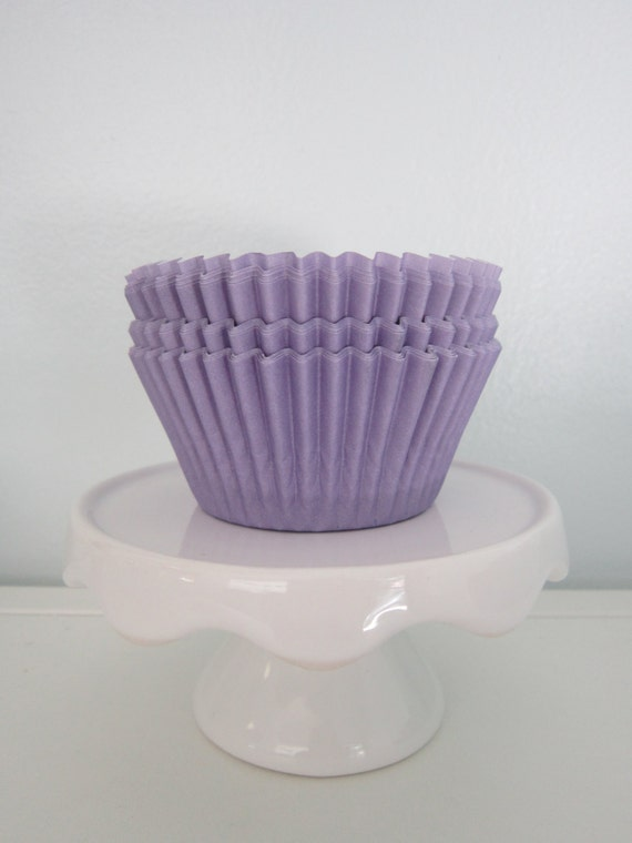 Lavender ~ Pastel ~ Bakebright ~ Cupcake Liners ~ Cupcake Papers ~ Set of 50 or 100