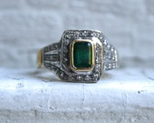 Vintage 18K Yellow Gold Diamond and Emerald Halo Ring - 1.68ct.