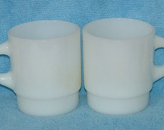 2 White Mugs