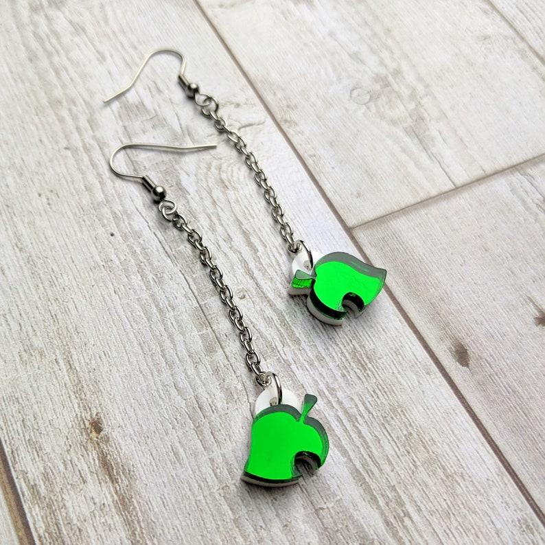 Acrylic Earrings Hypoallergenic Studs Laser Cut Jewelry Animal Crossing Inspired Leaf Symbol Chain Dangle Earrings