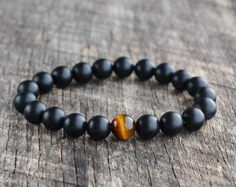 8mm Tiger Eye Bracelet, Matte Onyx Bracelet, Mens Bracelet, Black Bead Bracelet, Womens Gemstone Bracelet, Stretch Bracelet, Handmade Gifts