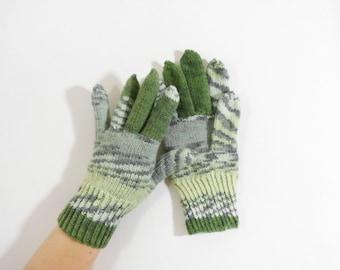 Knitted Men's Gloves - Gray, Green, Size Medium