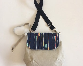 Big Messanger Bag with Flying Arrows