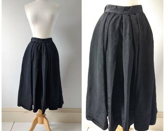 Vintage 1940s 40s black taffeta skirt size xs